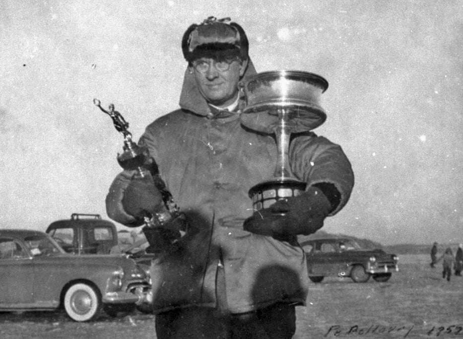 O.T. Havey and the Northwest Trophy-1952